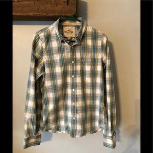 Men's Hollister button up shirt.